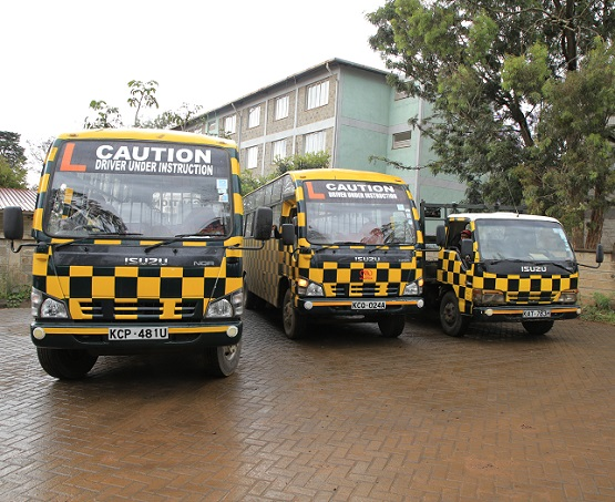 BEST DRIVING SCHOOLS IN KENYA AND THEIR FEE CHARGES